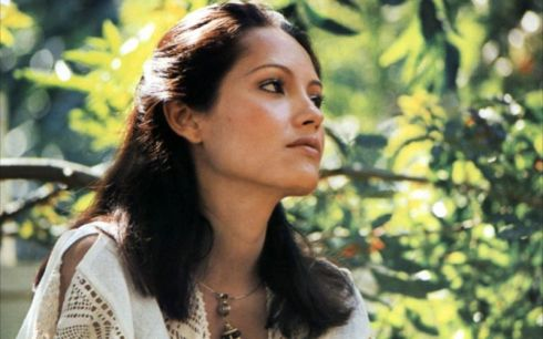 Barbara Carrera en 'Queen of the South Seas'