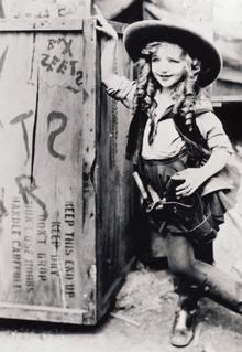 Virginia Davice como Alicia (1923-25)