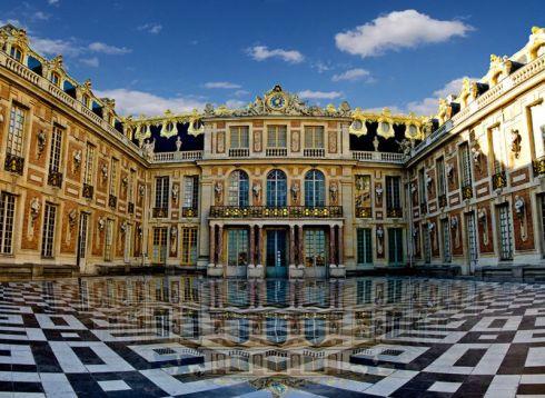Cour de Marbre -- Château de Versailles